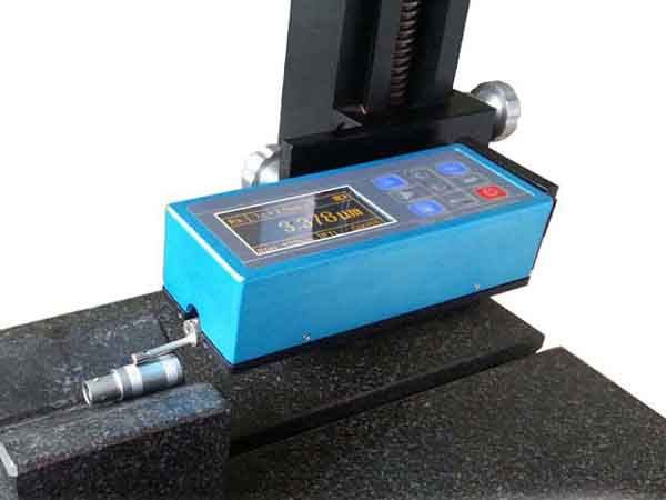 SR210 Surface Roughness Tester